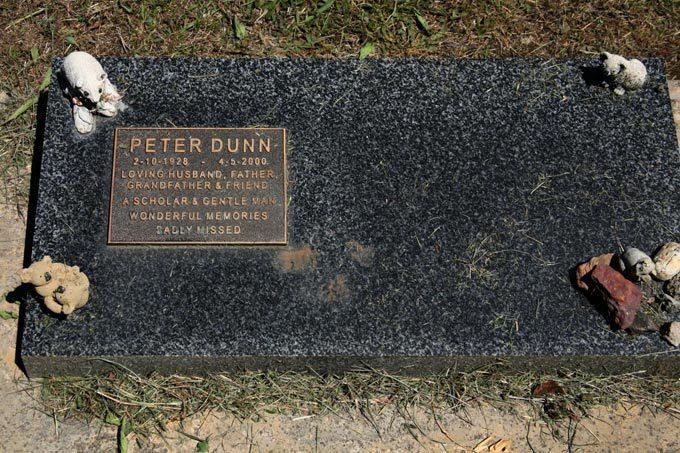 Dr Peter Dunn
